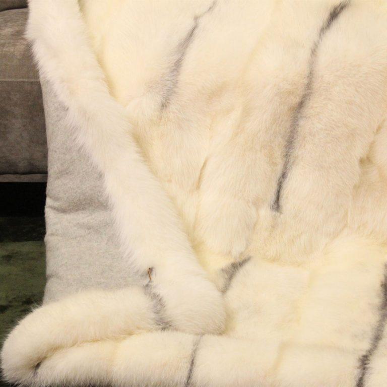 Fuchsdecke-Arctic-Marble-Fox-geelongwolle-detail