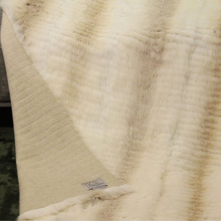 Palomino-frostfox-splitttechnik-wolle145-140x200-detail