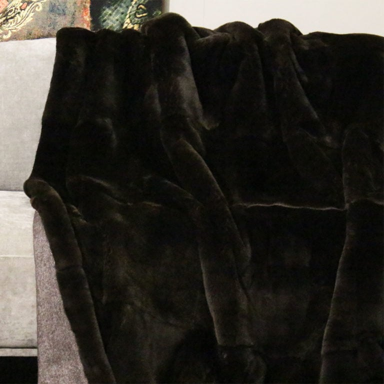 Rexkanin-ganzfellig-marron-geelongwolle164-140x200-detail
