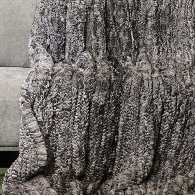 Chinchilla-gestrickt-140x200-detail
